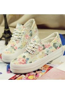 Цветастые кроссовки